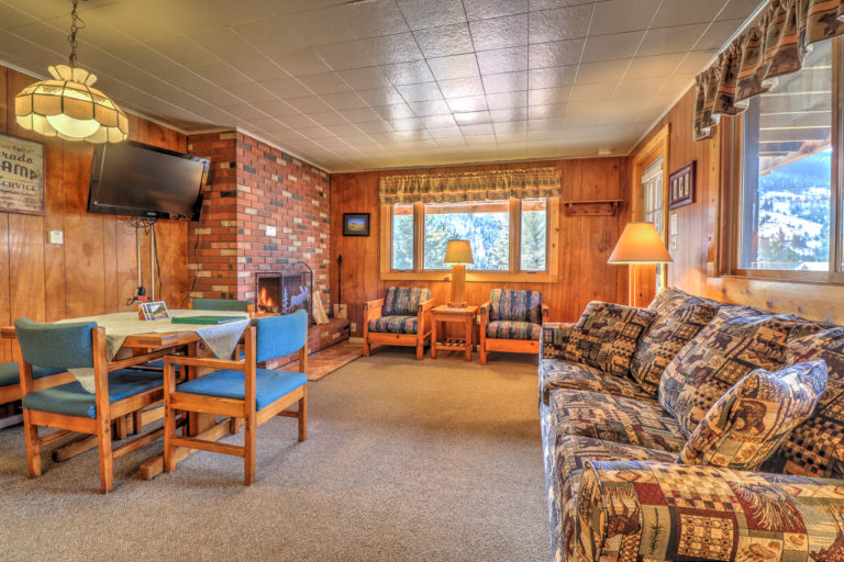 Lower Chalet Suite