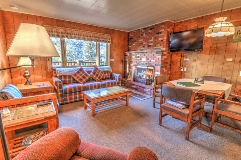 Upper Chalet Suite